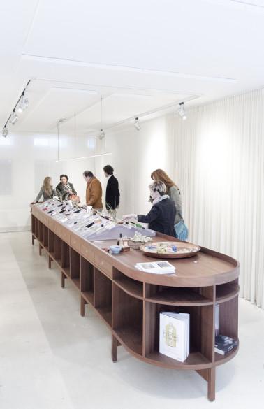 fragrance_store_unknow_architects_24_photos_hart_nibbrig_edit